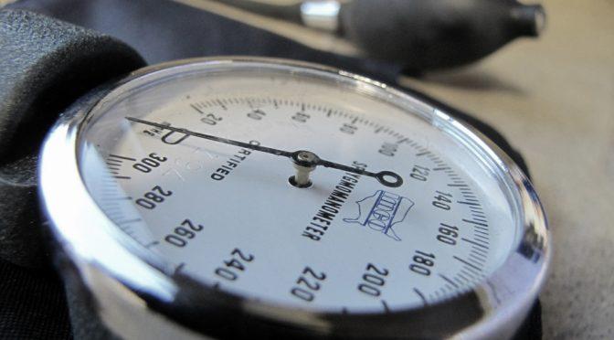 家庭にある血圧計の測定値の約7割に誤差がある|カナダ・アルバータ大学