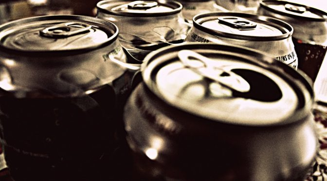 肥満、糖尿病対策のために、政府による砂糖入り飲料への課税を求める WHO