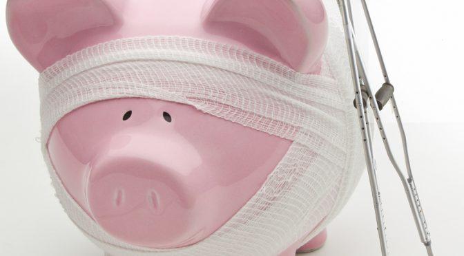 健康保険組合の財政悪化、高齢者医療費負担増で