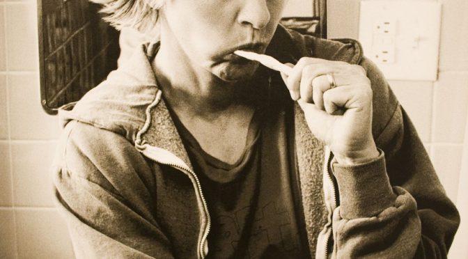 約7割が歯磨きで「磨き残し感じる」=歯並びや口臭などの悩み、女性に多く|#いい歯の日