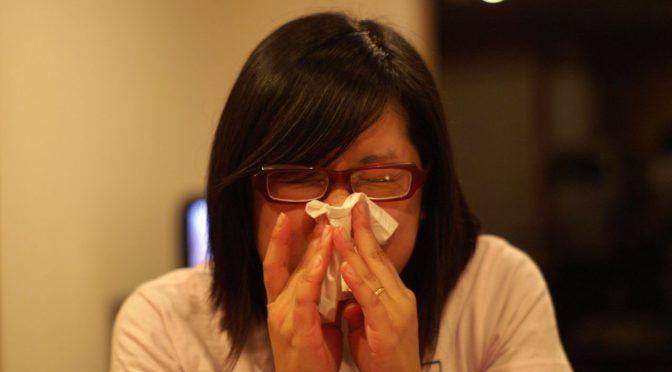 低体温になると不調を招く理由とは?|免疫力をつかさどる血液中のリンパ球の数が減ることで免疫力が落ちてしまう