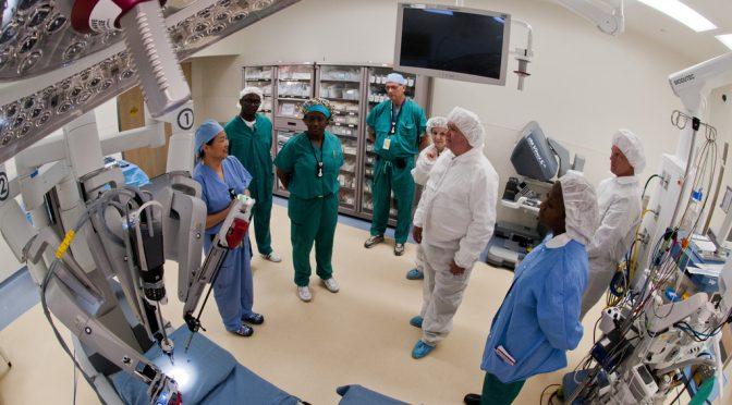 手術支援ロボット「ダビンチ」を使ったすい臓移植手術に世界で初めて成功 イタリア・ピサ大学