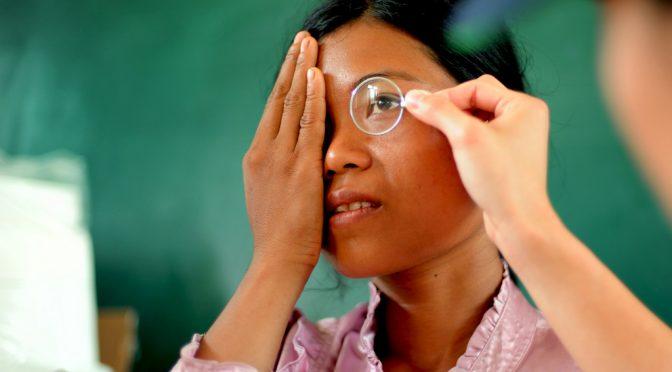 世界の全盲者の数は2050年には3倍になる!?|なぜこれほどまでに視力障害の人が増加するという予測が立てられているのか?
