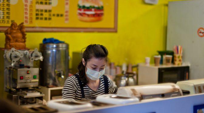 マスク:市場規模、5年で1.5倍 使い捨てが主流に