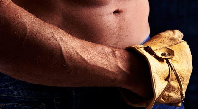 #GACKT さんの腹筋トレーニングは上から7キロのメディシンボールをおなかに落とす!