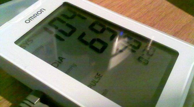 血圧計の世界累計販売台数が2億台を突破|血圧計の販売台数が急増した背景にあるのは何か?|オムロン