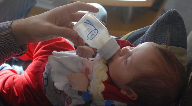 「ミルクで育つと排便少ない?」「母乳と人工乳でどちらがよく眠る?」スマホアプリのビッグデータ解析で子どもの成長、発達、生活習慣の実態を研究|国立成育医療研究センター