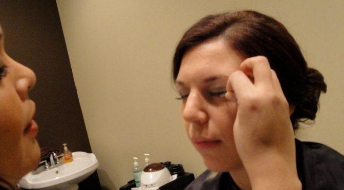 まつ毛エクステで視力障害も|国民生活センター