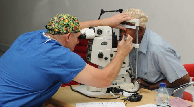 角膜移植の新しい方法とは?|岩手医大