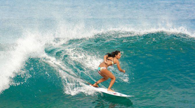 サーフィンでのビキニ姿がまぶしい!インスタでも人気の深キョンのスタイルキープ法・スキンケア法とは?