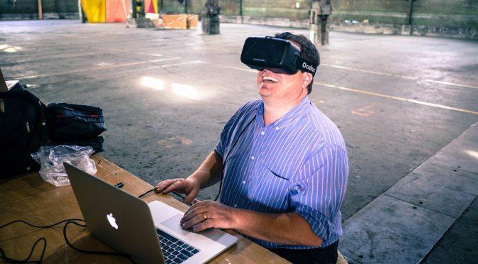 VRで痛みを軽減し、依存性のある鎮痛剤の使用を抑制しようという取り組み|シーダーズサイナイ医療センター