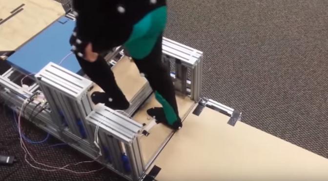 【階段を降りる時に膝が痛い人に朗報!】膝や足首への負担を軽減!階段の上り下りをアシストするエネルギーリサイクル階段|ジョージア工科大学・エモリー大学