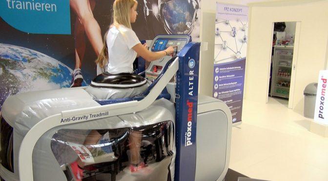 リハビリや高齢者のフレイル対策に!体重の負担を減らして有酸素運動を行なう反重力(空気圧・水中)トレッドミル(ルームランナー・ランニングマシン)