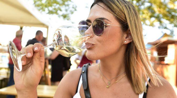 週3回~4回飲酒する人は、全く飲まない人と比べ2型糖尿病になる可能性が低い|デンマーク研究【論文・エビデンス】】