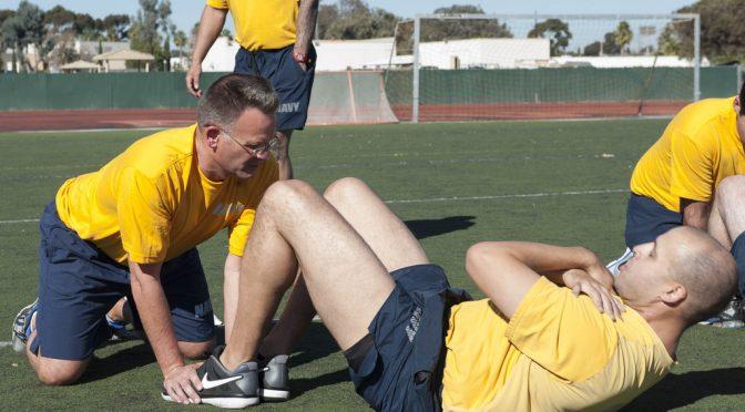 「上体起こし」は腰痛の原因!バスケ協会が「推奨できない」と周知進める|腹筋運動にはカールアップやプランクがオススメ!