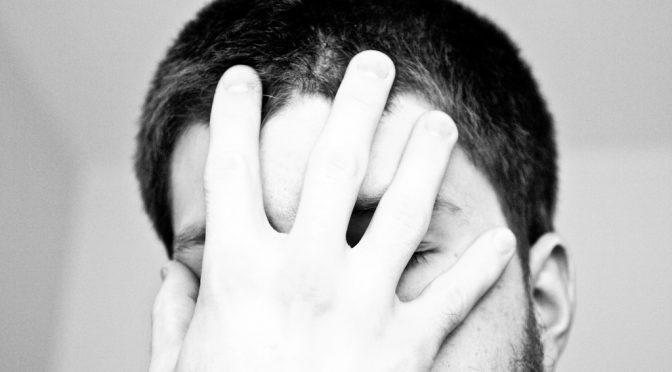 【#この差って何ですか】医師が教える!無料でできる目が疲れた時の簡単対処法!|5秒でできるセルフチェック|「目が疲れやすい人と疲れにくい人の差」は目を閉じると黒目が外を向くかどうか?