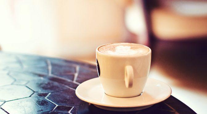 カフェインには脂肪肝を改善する効果がある!?|体脂肪を燃やすためには運動前にコーヒーを飲むとよい!?