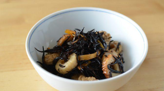 ヒジキの鉄分は鉄釜とステンレス釜で10倍の差がある!?|日本食品標準成分表