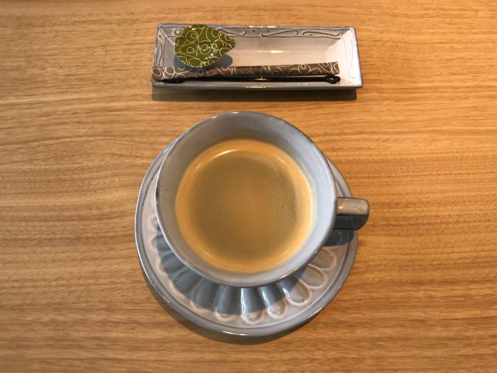 やま平窯のギャラリーでコーヒーを頂きましたが、実際に使って体験してみると選ぶ際の参考になりますよね。