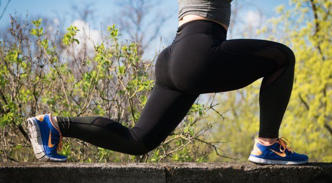 【HINABINGO】フィットネスビキニ日本一安井友梨さんが日向坂46に教えるお尻と脚を鍛えるワークアウト・筋トレのやり方