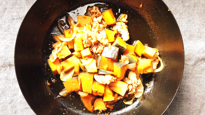 煮物は冷める時に味が染み込むので、冷めたら本当の出来上がり!