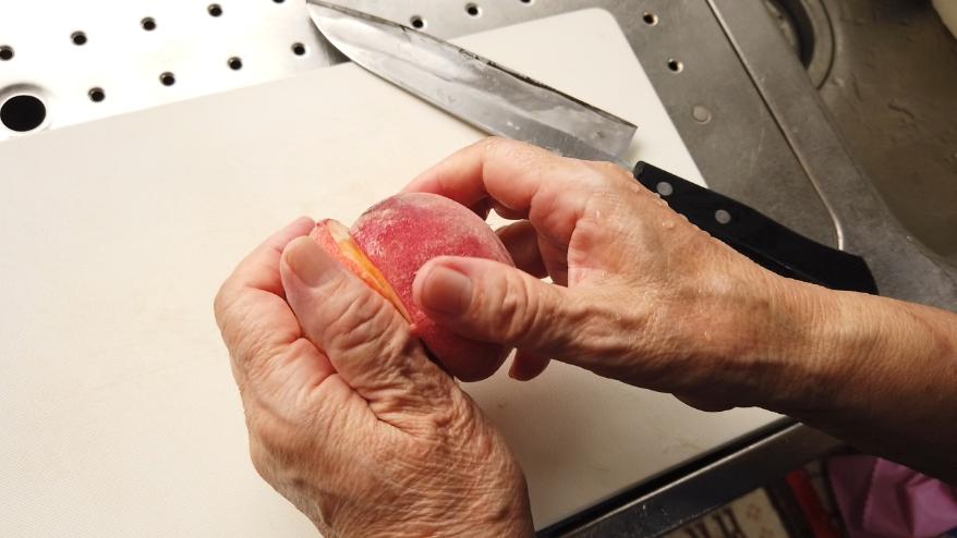 桃の種の取り方2