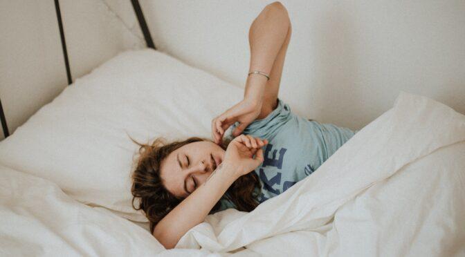 『副腎疲労症候群(アドレナルファティーグ)』とは?副腎を助けるためにどんな食べ物を摂るといいの?