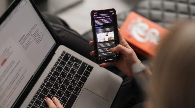 なぜ今ニュースレターに注目が集まっているのか?ニュースレターとメルマガにどんな違いがあるのか?ブランドが顧客とどんな関係を築いていきたいかにつながっていく。